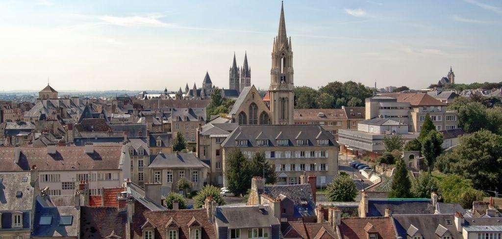 France, Caen - La ville aux mille clochers